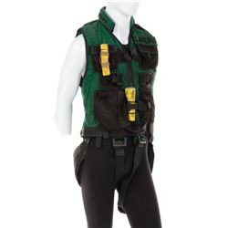 'Kit Latura' fully equipped stunt vest & climbing rope from Daylight.