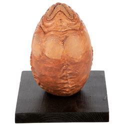 'Alien' egg miniature maquette from Alien vs Predator.