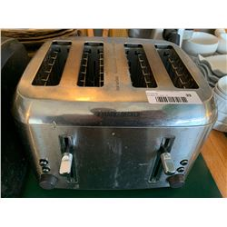 Black & Decker4 slice toaster