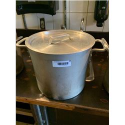 Commercial Aluminum stock pot with lid