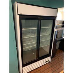 True model GDM-41_HC-LD- double sliding glass door beverage cooler