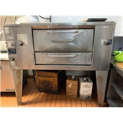 Bakers Pride Gas Pizza Oven. THE BUYER IS RESPONSIBLE FOR DISCONNECTION AND REMOVAL - BUYER MUST INS