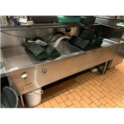 Stainless 8 ft cocktail sink with inserts -BUYER MUST PROFESSIONALLY DISCONNECT AND CAP