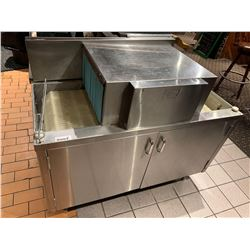 Moyer DiebelModel SW 400R Pass Thru Commerical Glass Washer-BUYER MUST PROFESSIONALLY DISCONNECT AND