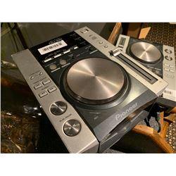 Pioneer CDJ 200 DJ CD Mixer