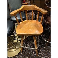 Lot of 6 - Wood Swivel Bar stools