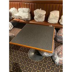 single pedestal 32 x 32 square cafe bar table