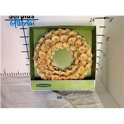 Smith & Hawken Wreath * New in Box *