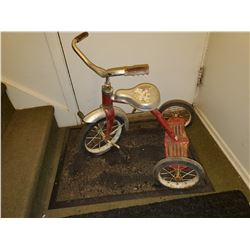 OLD KIDS TRICYCLE
