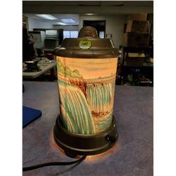 MOTION LAMP, NIAGRA FALLS, LIGHTS UP