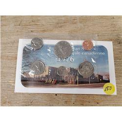 1976 MINT COIN SET
