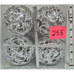"New Boxed set, 4 Alfred Sung 4"" Silver XMAS Tree, Fancy Balls"