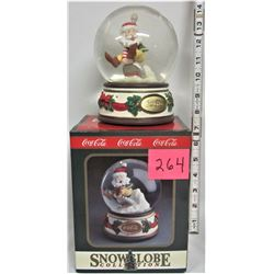 "Rare Boxed 1993 COCA-COLA Musical ""Sanata on a Coke Cap"" ""Winter Wonderland"" SNOWGLOBE"