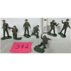 """Lot of Vintage 1970's Brutain's LTD 2 1/4"""" Plastic British Soldier Action Figures, Made in England"""