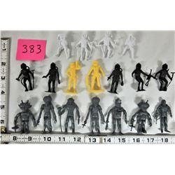 """Lot of 18 Vintage 1960's-70's Marx Space Astronauts- Aliens 2"""" - 2 1/2"""" Plastic Action Figures"""