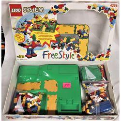 1998 LEGO #4258 1001 pieces FREESTYLE Set Boxed