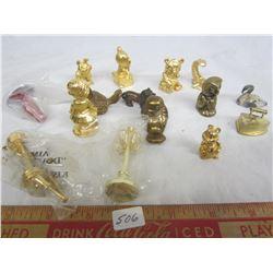 Lot of brass ornaments