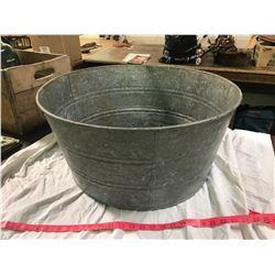 Galvanized Washtub (Does Not Leak)