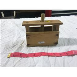 butter press (good condition)