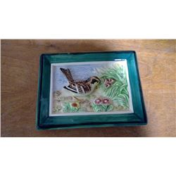 SMALL ALL GLASS GREEN BORDER RAISED BIRD PICTURE (JAPAN)