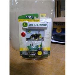 1/64 Scale John Deere Tractor