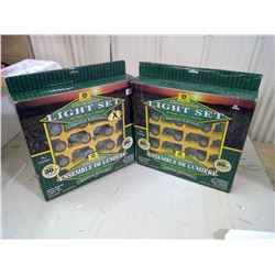 JOHN DEERE CHRISTMAS LIGHTS 2 BOXES 20 PIECES IN EACH BOX