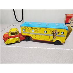 """Roy Rogers & Trigger horse truck and trailer - 15"""""""