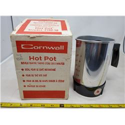 hot pot (4 cup) made in Canada with Eatons sticker