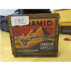 pyramid apple box - Penticton, BC