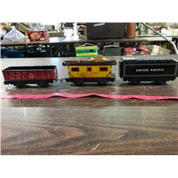 (3) Marx Tin Railway Cars