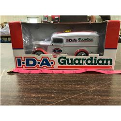 New In Box 1/24 Scale Diecast IDA Truck