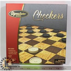 CHECKERS GAME IN BOX  NEW
