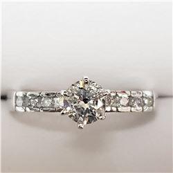 10K WHITE GOLD DIAMOND(0.76CT)  RING