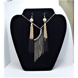 9)  SET OF GOLD TONE, BLACK AND CLEAR
