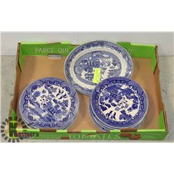 9 BLUE WILLOW PLATES AND 1 SERVING PLATE