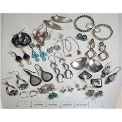 Earrings, Include Silver, Onyx, Pearl, Agate… 22 Pairs  (124848)