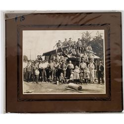 Old Photo of Anaheim Family Gathering  (124517)