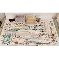 Costume Jewelry - 100 pieces!  (110454)