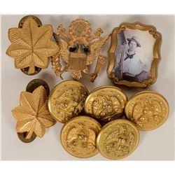 Military Uniform Buttons & Lapel Pins  (119970)