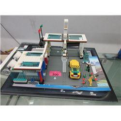 LEGO City #7993 Gas Station with Car Wash