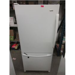 Amana Refridgerator with Bottom Mount Freezer
