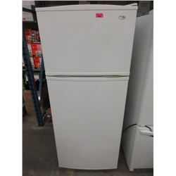 White Inglis Refridgerator with Top Mount Freezer