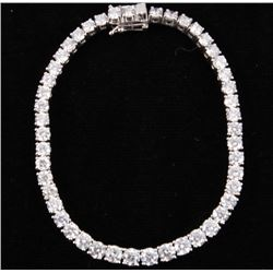 GORGEOUS 10.58 cts. Diamond Platinum Bracelet