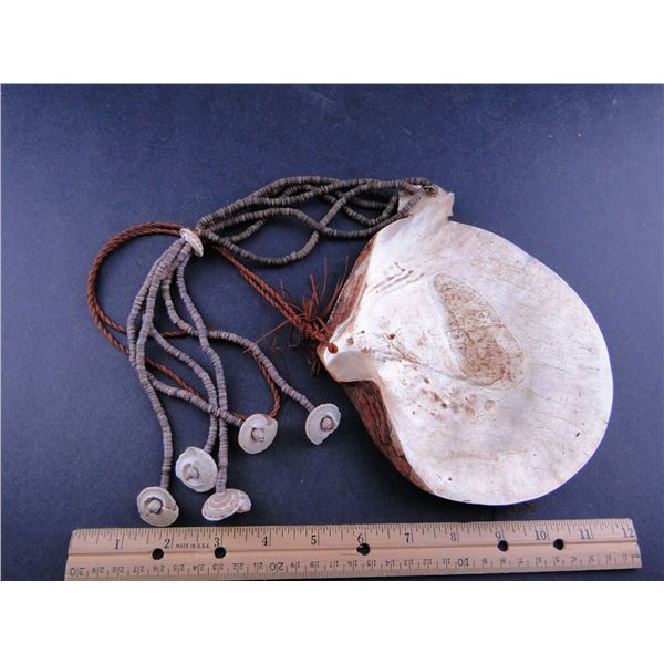 Euk with Shell Beads