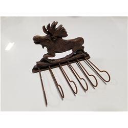 Unique Vintage Wood Carved Moose Key Rack