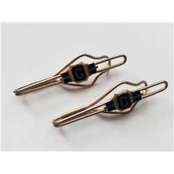 "Pair of Vintage Matching ""G"" Tie Clips"