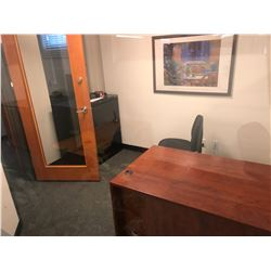 CONTENTS OF OFFICE INC. DESK, CHAIR, CABINET AND PRINT