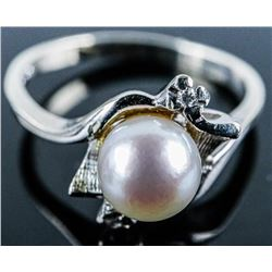 Estate 10kt Gold Ladies Pearl Ring Size 7.5