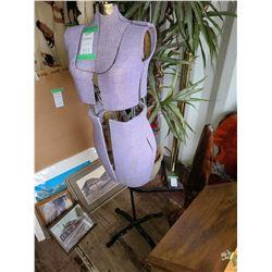 Dress Makers Mannequin Cat A
