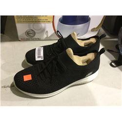 Sketchers Shoes Size 9